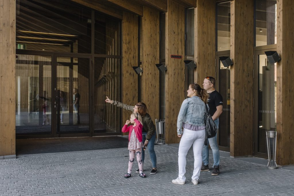 Serlachius-museo Gösta pääovi