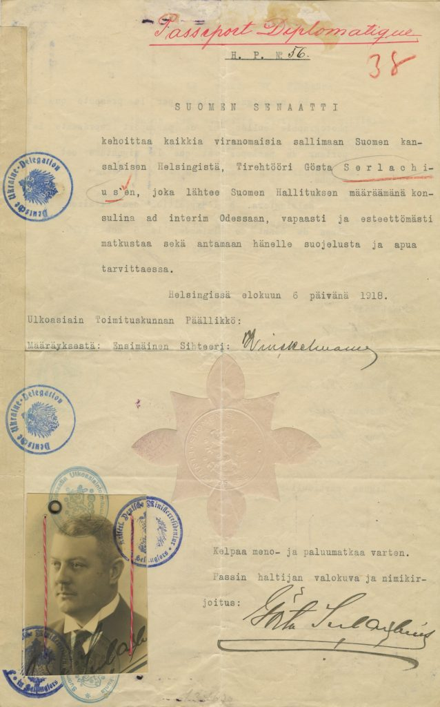 Gösta Serlachiuksen diplomaattipassi vuodelta 1918.