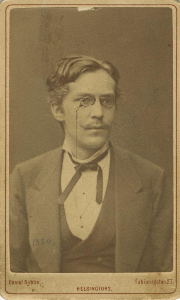 Ernst Ivar Roini valokuvassa vuonna 1880.
