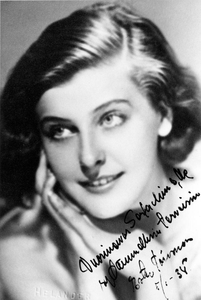 Photograph of Ester Toivonen from the year 1934, Gösta Serlachius Fine Arts Foundation.