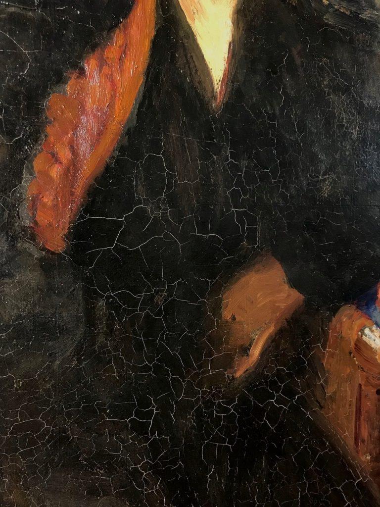 Ilja Repin, Porträtt av Fru Rivoir, 1918, olja på linoleum. En delbild av sprickor på konstverkets yta före konserveringen. Foto: Salla Koskiniemi.