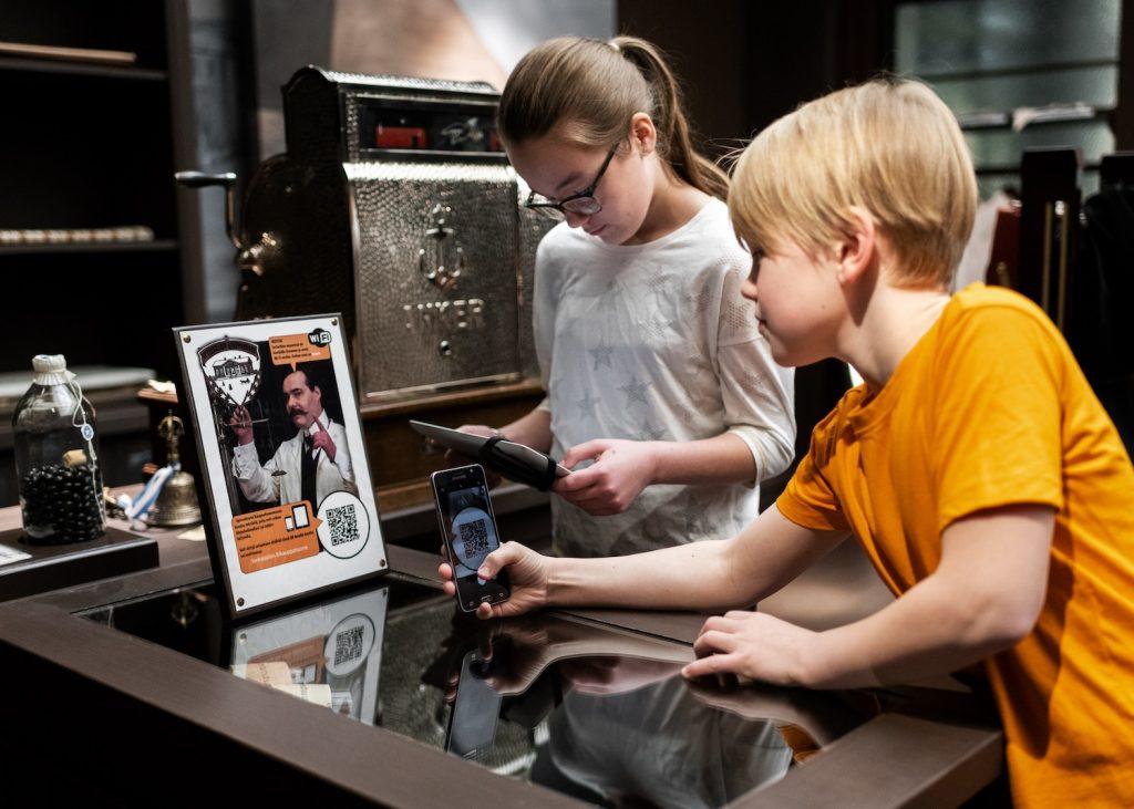 Älypuhelimista tietoa Serlachius-museo Gustafissa