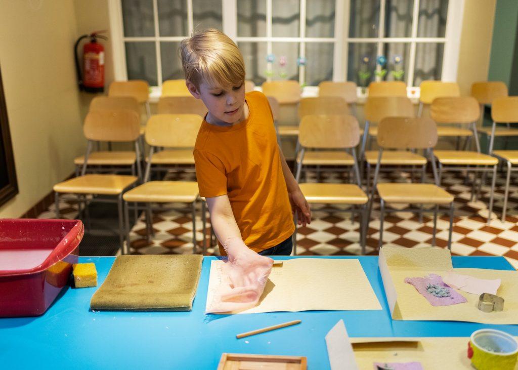 Paperin valmistus viiralla Serlachius-museot