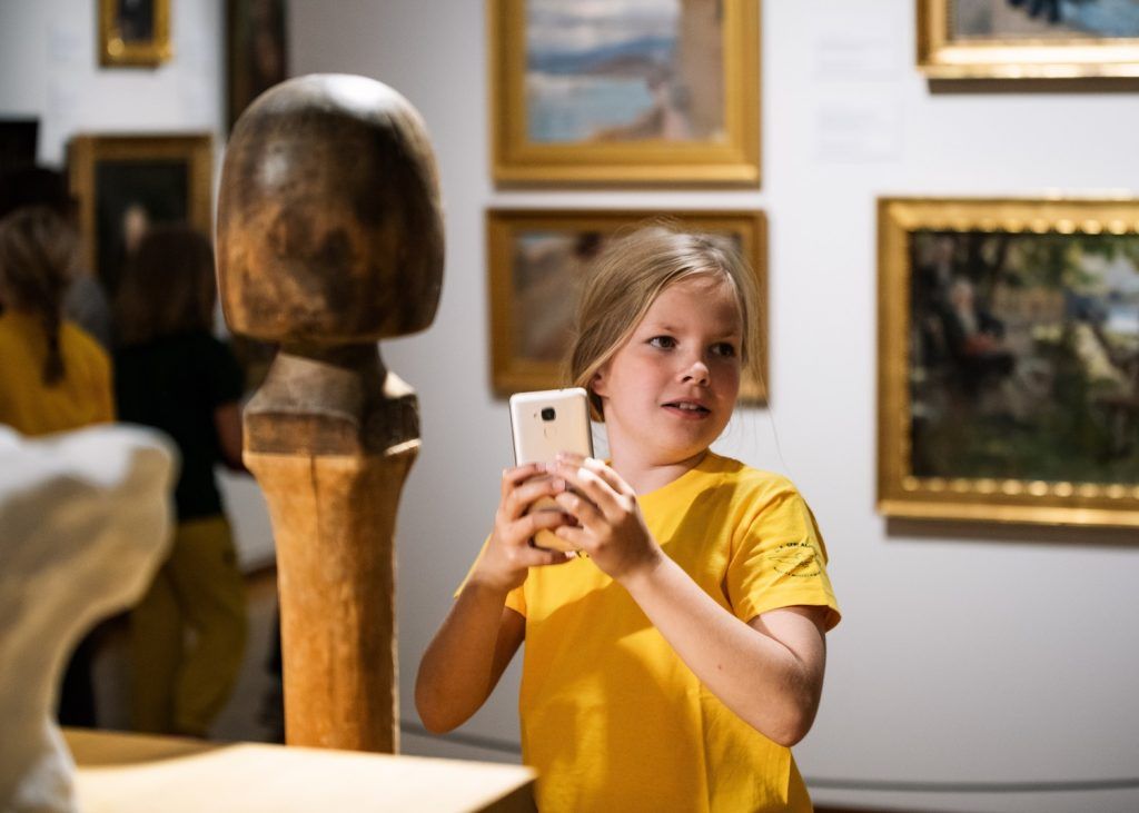 Tyttö Serlachius-museo Gösta