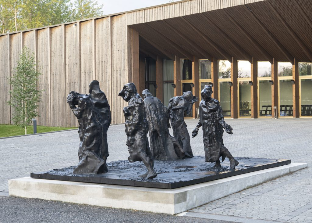 Matthew Day Jackson, Magnificent Desolation, 2013, bronze, Gösta Serlachius Fine Arts Foundation. Photo: Teemu Källi.