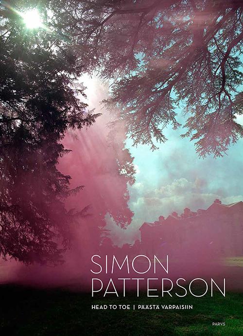 Simon Patterson, Päästä varpaisiin